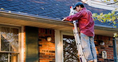 Gutter cleaning tips for homeowners